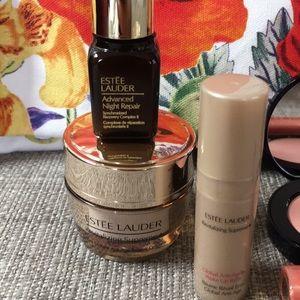 Estee Lauder Makeup - Estée Lauder summer tote!